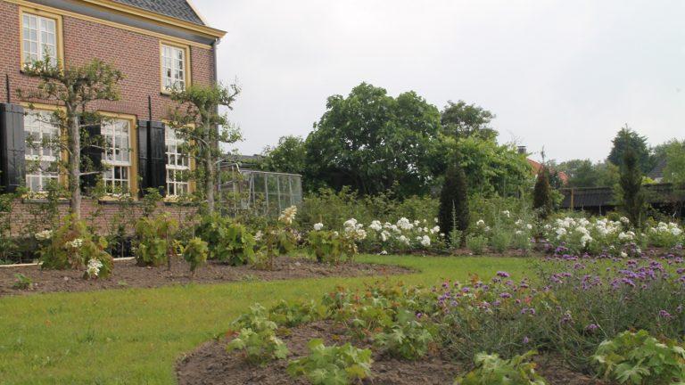 boerderijtuin herenboerderij bloemperken